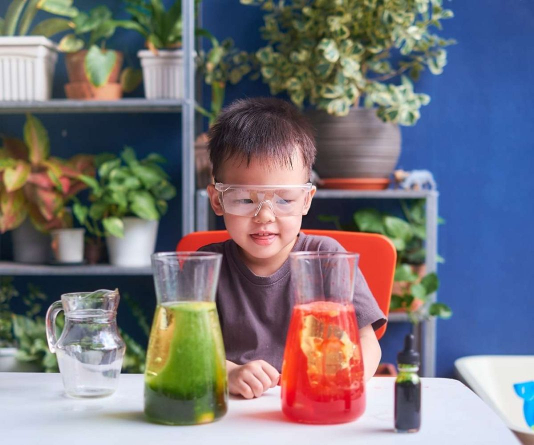 8 Easy Science Experiments for Kids