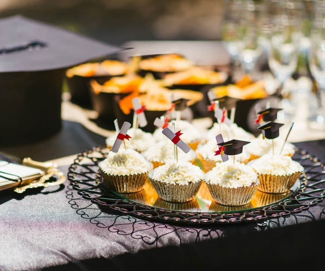 16 Graduation Party Food Ideas
